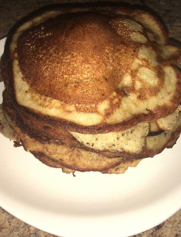 Banana Oat Raisin Pancakes